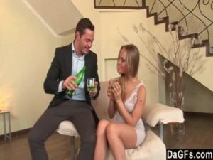 Imagen Bebiendo Con Diosa Que Da Su Culo anal